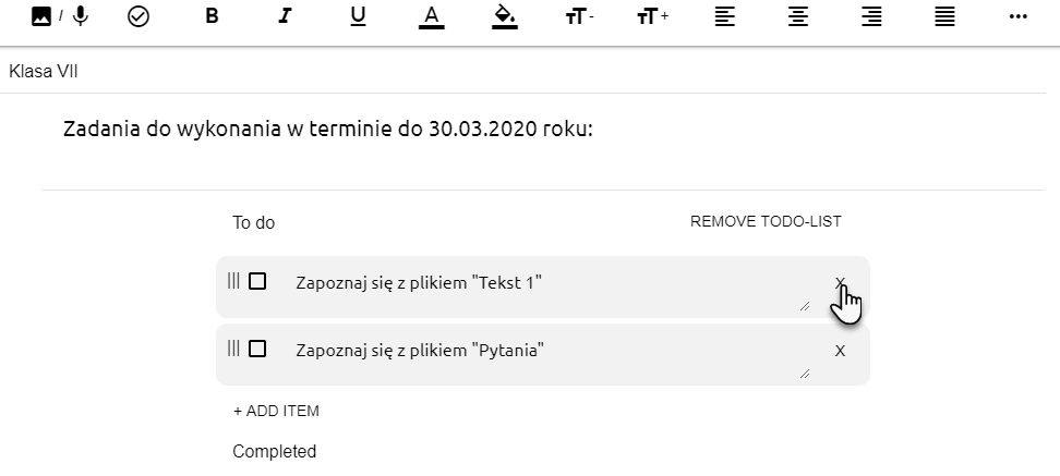 widok edytora tekstowego z zapisanymi zadaniami i wskazaniem ikony X, która pozwala na usunięcie wybranego zadania